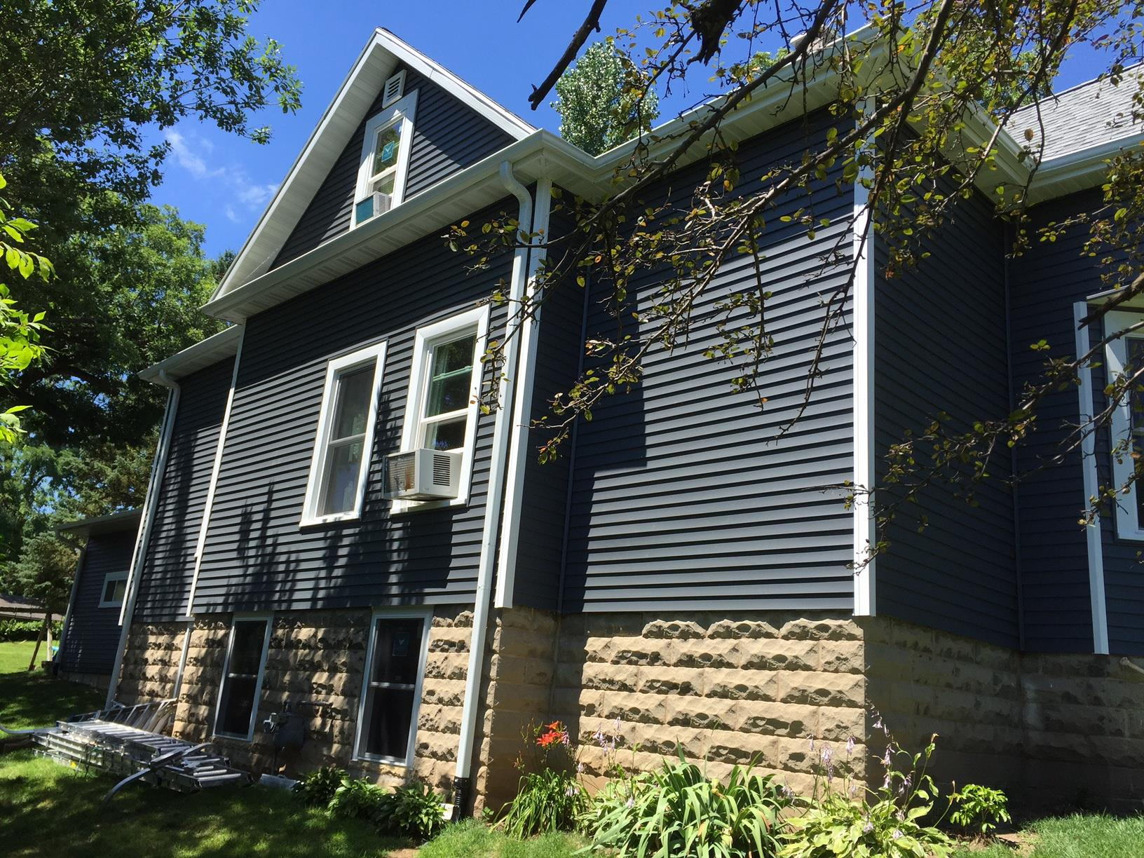 house-after-new-siding