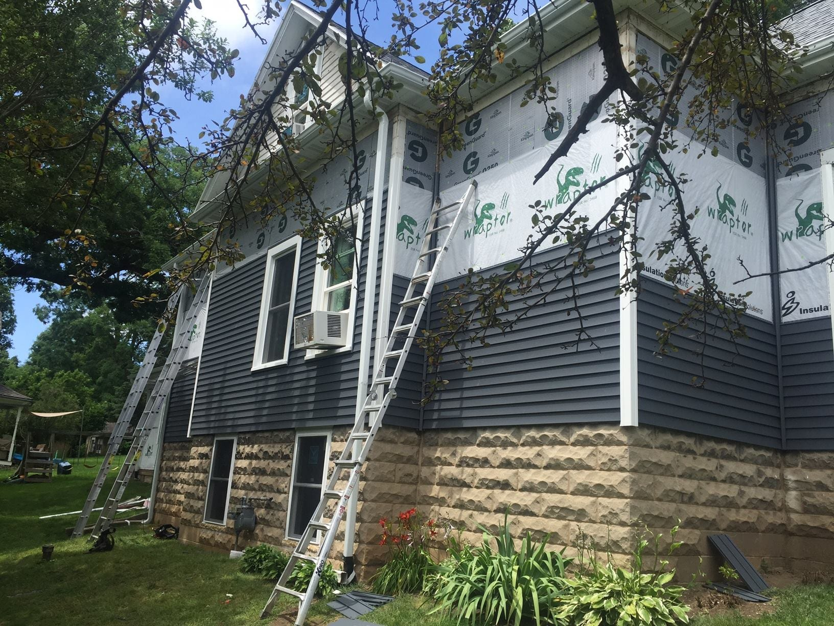 New Residential Roofing , siding & Windows -  Mineral point before Photo