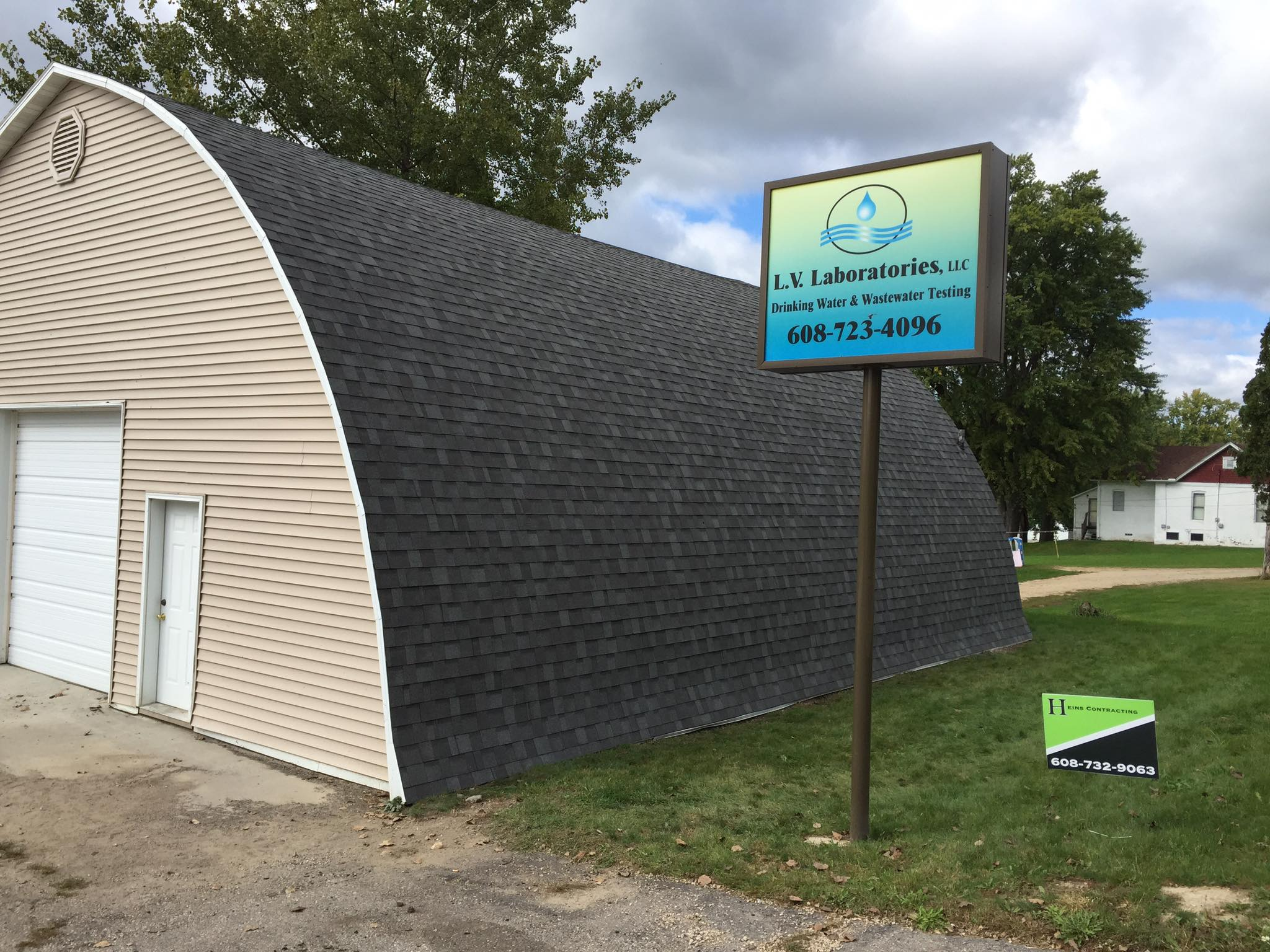 new garage roof Madison WI | Henis Contracting Madison WI