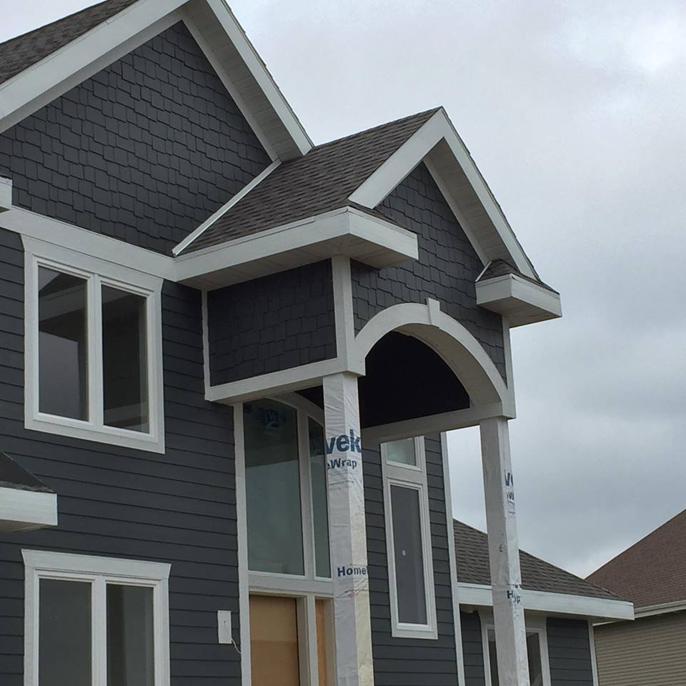 Residential lp smart siding Sun Prairie WI | Henis Contracting Madison WI