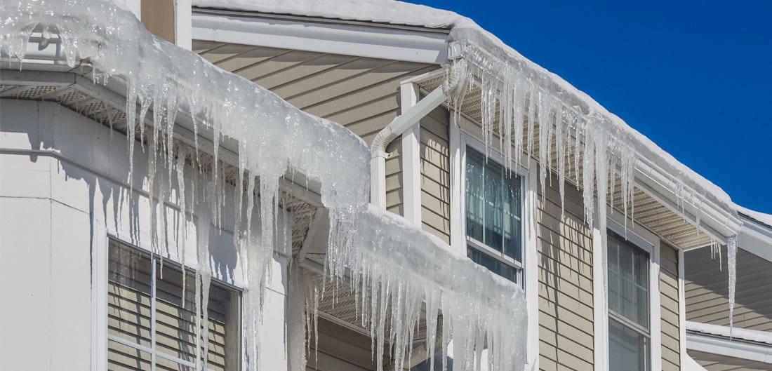 ice-dams-on-roof